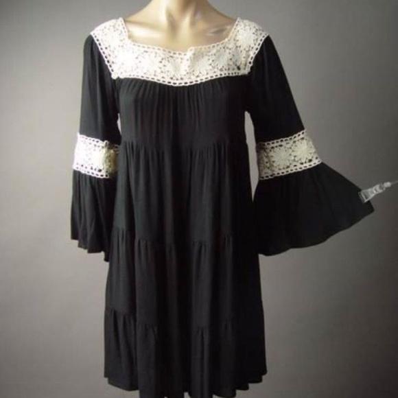 Black Hippy Dress w Lace NWOT